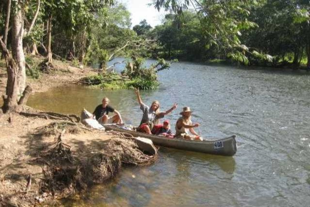 travel with Canoe in Belize