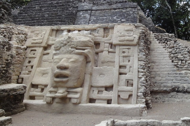 Lamanai tours in Belize